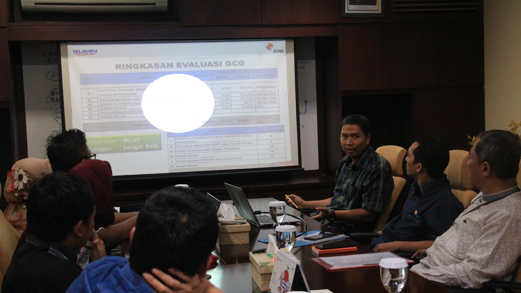 "Assesment Implementasi GCG, Rajawali Nusindo Raih Kategori Penerapan GCG ""Sangat Baik"""