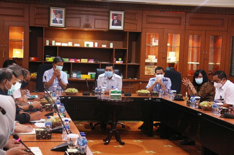 Rajawali Nusindo Terima Kunjungan Direksi PT RNI (Persero)